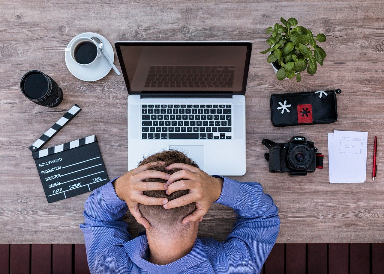 youtuber, blogger, screenwriter-2838945.jpg